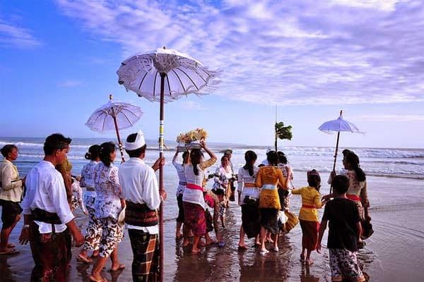 3 Pantai di Sekitar Bandara Bali Yang Harus Anda Kunjungi